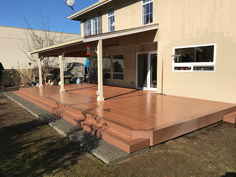 Covered Outdoor Living Area 6